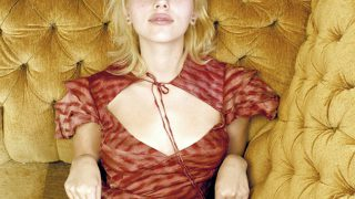 Scarlett Johansson in Couch - Photo #2