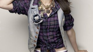 Selena Gomez in Check Shirt - Photo #3