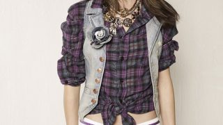 Selena Gomez in Check Shirt - Photo #6