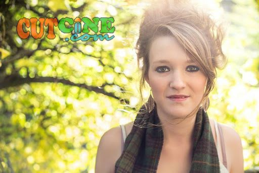 Molly Warburton is the new singer from Lancaster