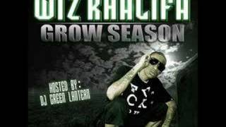 Fans Tanking Pictures – Grow Season (2007) | Wiz Khalifa ft. Chevy Woods