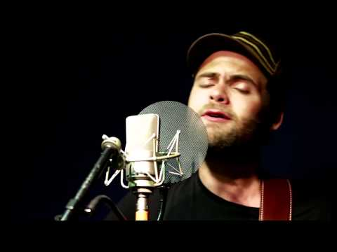 Riding to New York (Acoustic) – Passenger